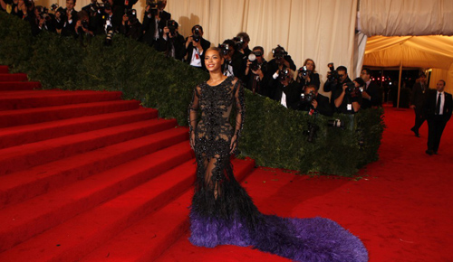 Top 10 Red Carpet Dresses of 2012