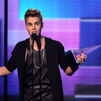 American Music Awards 2012: Complete Winners List