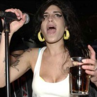 Amy Winehouse is more of an alcoholic than ever