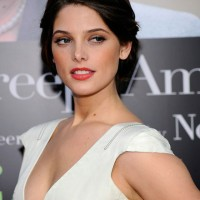 MTV VMAs fashion correspondent &#8211; Ashley Greene