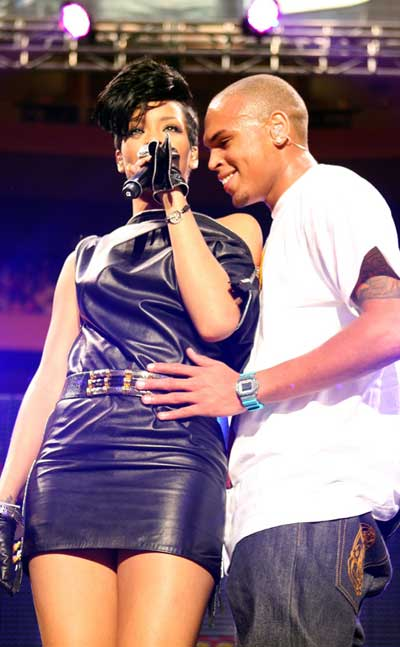 Chris Brown proposed to Rihanna