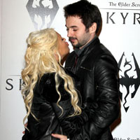 Christina Aguilera to Marry Wallie?