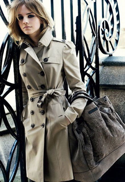 Emma Watson is hot in Burberry Fall/Winter 2009-2010 ad campaign