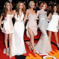 2009 Brit Awards  glam red carpet