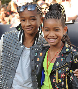 Jaden and Willow Smith smiling at the premiere