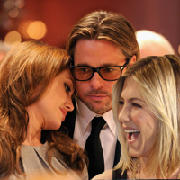 Jennifer Aniston Is Very Happy For Brad Pitt and Angelina Jolies Engagement