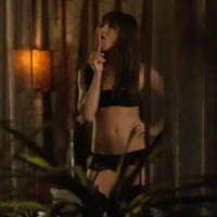 Jennifer Aniston strips to lingerie in Horrible Bosses trailer