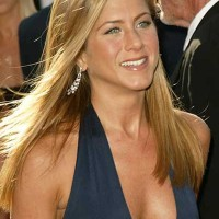 Is Jennifer Aniston good at cooking?