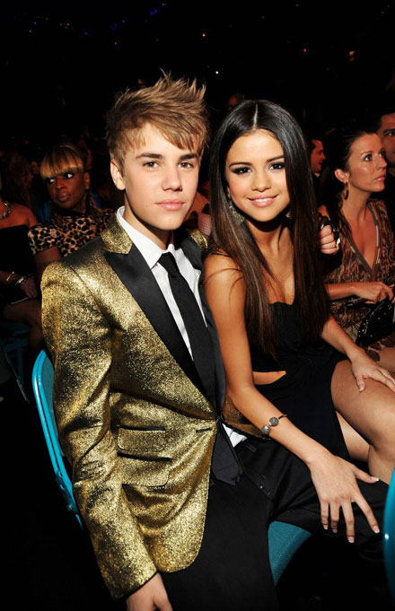 Justin Bieber and Selena Gomez - awards couple
