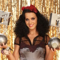 Marvelous: Katy Perry's 2009 EMA promos