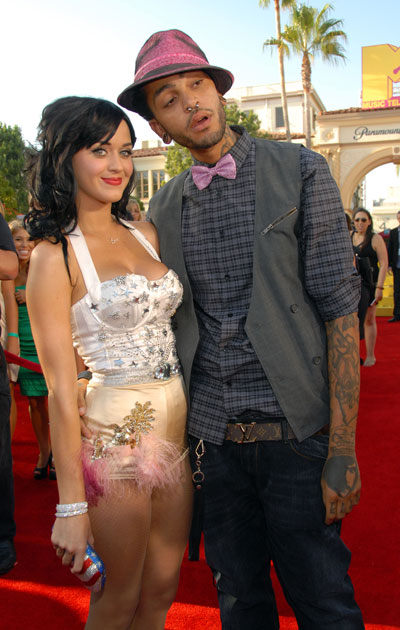 Katy Perry and Travis McCoy call it quits