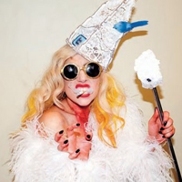 Twitter Queen: Lady Gaga Hits 25 Million Followers!