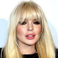 Lindsay Lohan&#8217;s Puffy Face: Now Plastic Surgery Addiction?