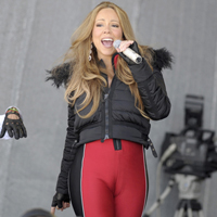 Mariah Carey Displays Huge Cameltoe in Austria
