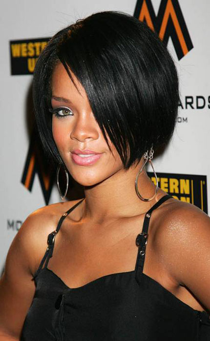 Rihanna is beautiful and sexy, smiling before Chris Brown attacked her with his fists
