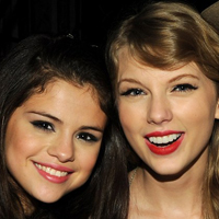 Selena Gomez  and Taylor Swift Bake Cupcakes Together