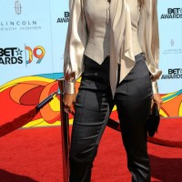 Loving Tyra Banks 2009 BET Awards style
