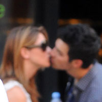 New couple Joe Jonas and Ashley Greene caught kissing in New York!