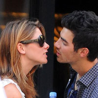 Joe Jonas is ready to take off his purity ring for Ashley Greene?