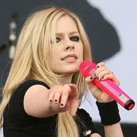 What The Hell? Avril Lavigne&#8217;s new song and new album are coming soon!