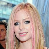 Goodbye Lullaby &#8211; Avril Lavigne reveals new album title
