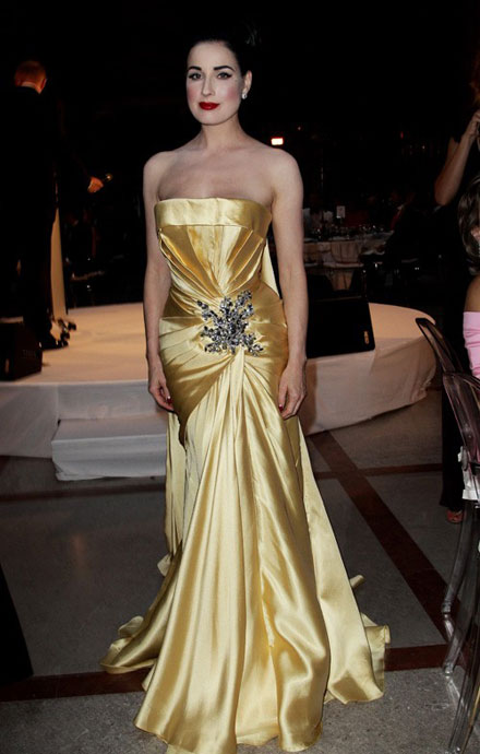 Dita Von Teese is beautiful in yellow at 2010 Life Ball