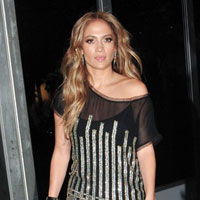 Jennifer Lopez gets $12 million for American Idol, gets rid of her diva image
