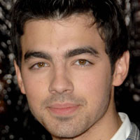 Confirmed: Joe Jonas is to release his solo album in early 2011