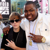 Justin Bieber and Sean Kingston &#8216;Won&#8217;t Stop&#8217; &#8211; new song premiere