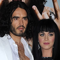 Katy Perry & Russell Brand planning a latex wedding