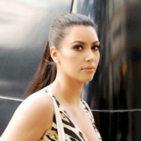 Bridezilla Kim Kardashian sets wedding date, shops for wedding dress at Vera Wang
