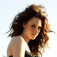 Breaking Dawn cast: Kristen Stewart is a scary vampire