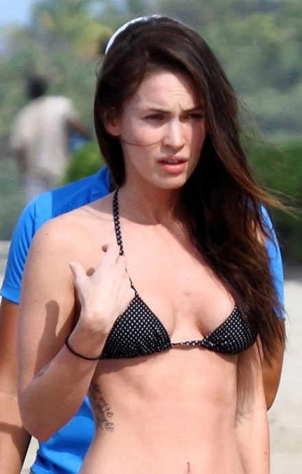 Megan Fox's boobs in Hawaii