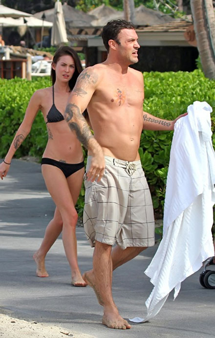 Megan Fox and Brian Austin Green in hawaii on Christmas 2010