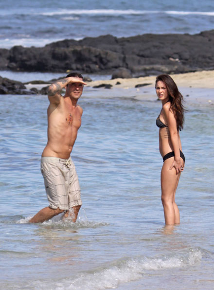 Megan Fox and Brian Austin Green wet in Hawaii