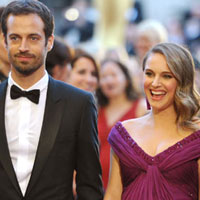 Natalie Portman welcomes son