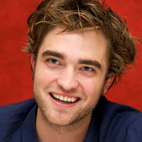 Glamour names Robert Pattinson Man of 2010, other vampires make the top 5