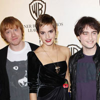 Daniel Radcliffe, Rupert Grint talk kissing Emma Watson in 'Deathly Hallows'