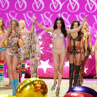 20 best looks from 2010 Victoria's Secret Fashion Show