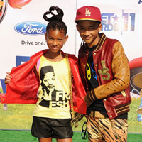 Willow and Jaden Smith pay tribute to dad at 2011 BET Awards