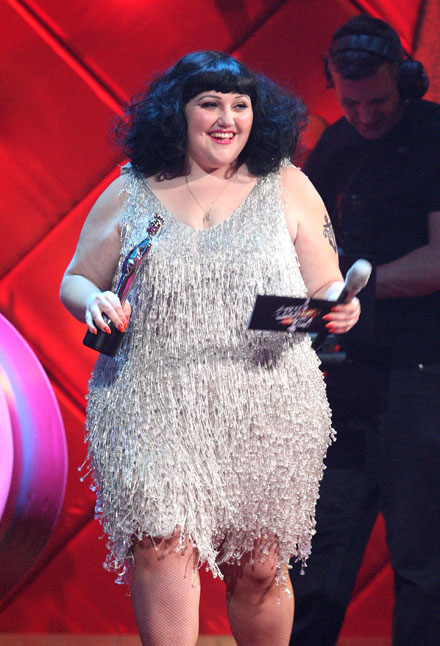beth-ditto-vogues-20-best-dressed-women-2009