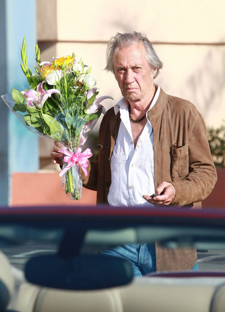Kill Bill actor David Carradine foudn hanged in his hotel room in Bangkok