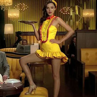 Miranda Kerr Repeats Angelina Jolie's Right Leg Pose